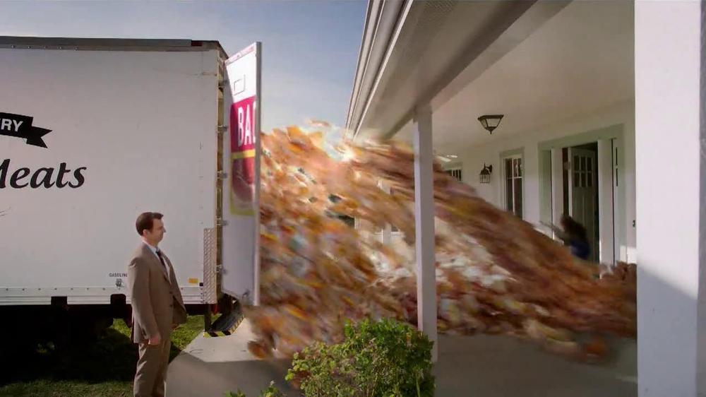 LaQuinta Inns and Suites TV Spot, 'Bacon' - Screenshot 8