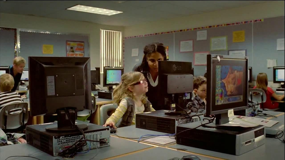 Shell TV Spot, 'Mix of Energies: School' - Screenshot 4
