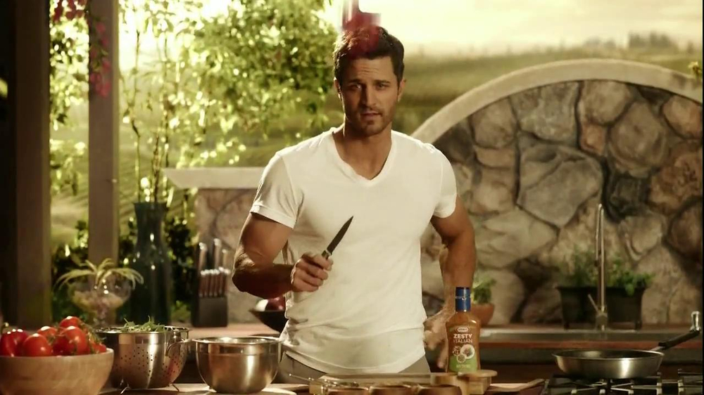 Kraft Zesty Italian Anything Dressing TV Spot, 'Burning Shirt' - Screenshot 5