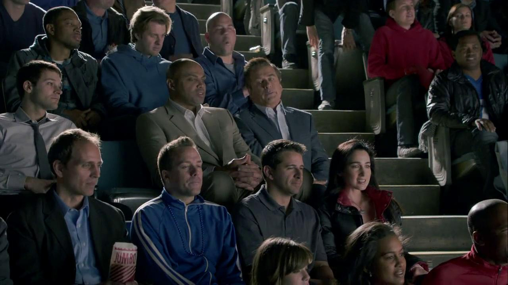 Capital One Venture TV Spot, 'Bocce Ball' Ft. Alec Baldwin, Charles Barkley - Screenshot 3
