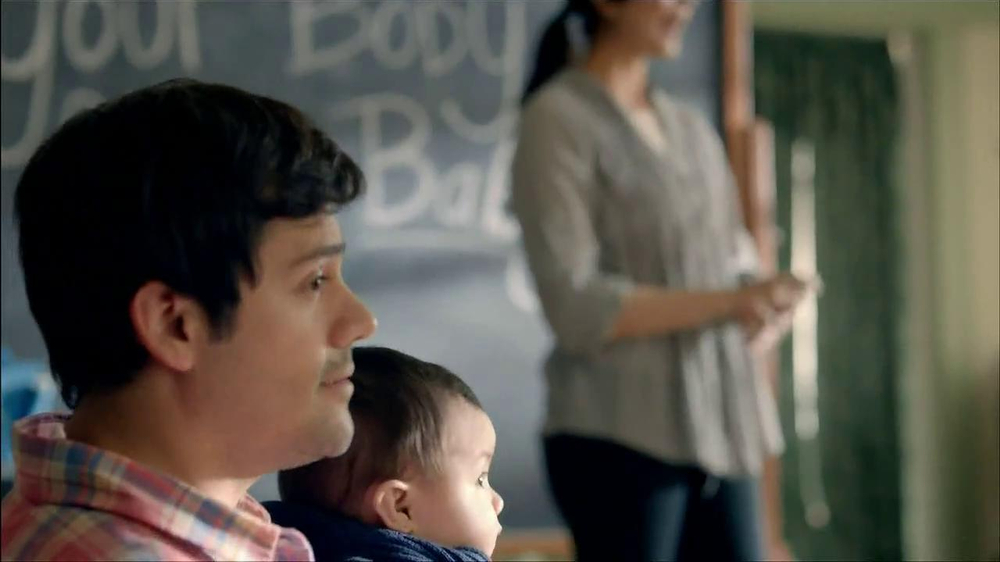 Wells Fargo TV Spot, 'Daddy's Day Out with Baby' - Screenshot 5
