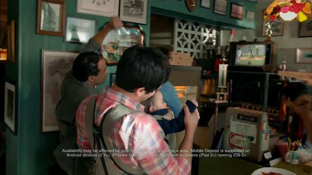 Wells Fargo TV Spot, 'Daddy's Day Out with Baby' - Screenshot 7