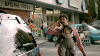 Wells Fargo TV Spot, 'Daddy's Day Out with Baby' - Thumbnail 8