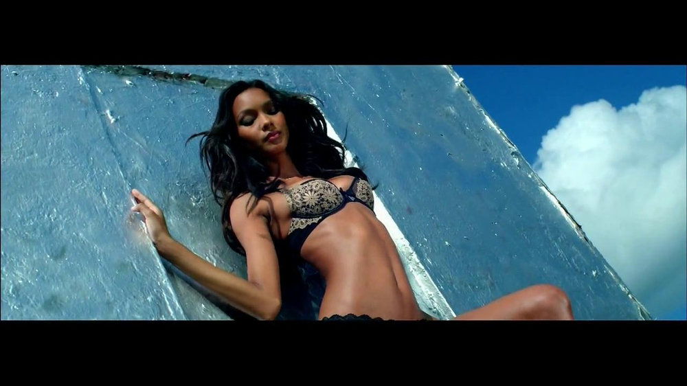 Victoria's Secret Very Sexy TV Spot, Song by Kito and Reija Lee' - Screenshot 2