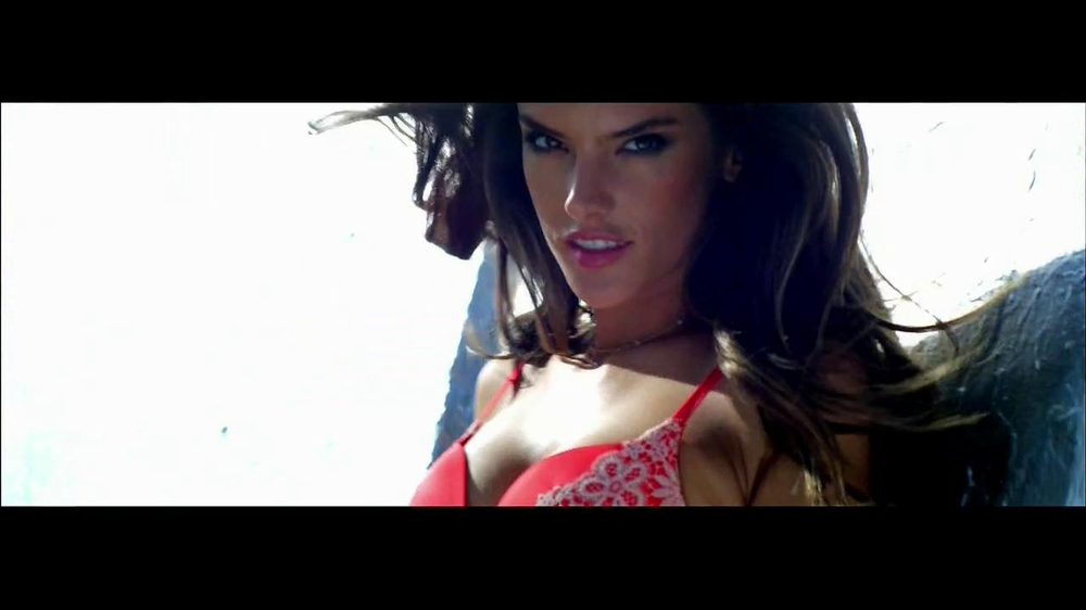 Victoria's Secret Very Sexy TV Spot, Song by Kito and Reija Lee' - Screenshot 4