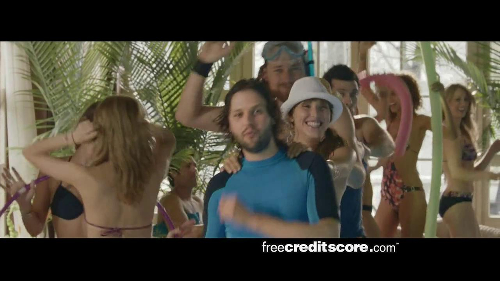 FreeCreditScore.com TV Spot, 'Pool Party' - Screenshot 4
