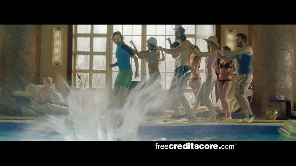 FreeCreditScore.com TV Spot, 'Pool Party' - Screenshot 5