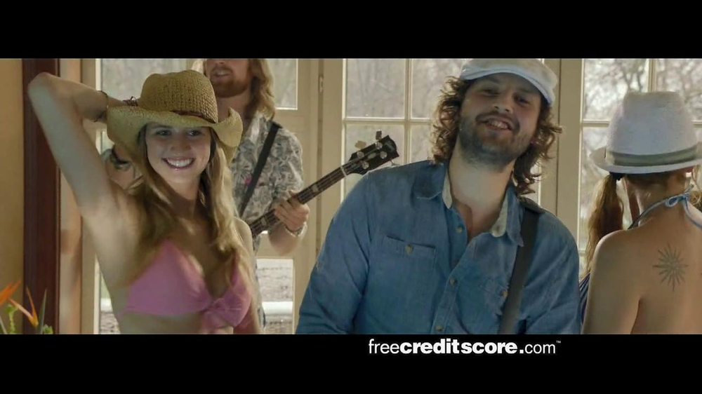 FreeCreditScore.com TV Spot, 'Pool Party' - Screenshot 9