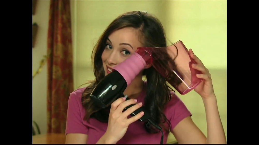Air Curler TV Spot - Screenshot 3