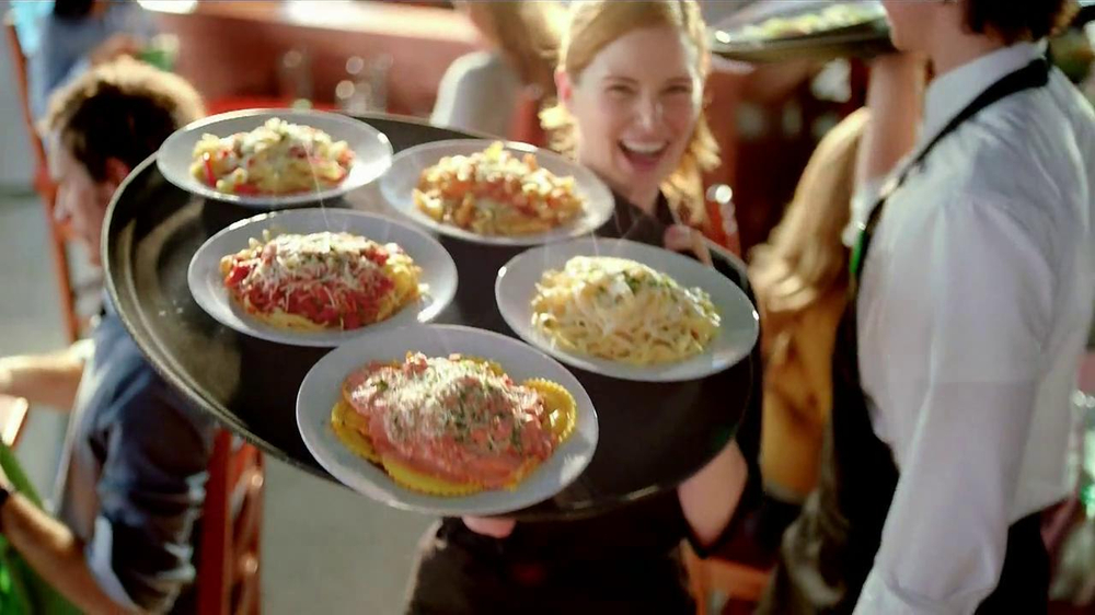 Olive Garden TV Spot, 'Buy One, Take One' - Screenshot 5
