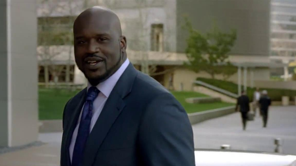 Buick Lacrosse TV Spot Featuring Shaquille O'Neal - Screenshot 8