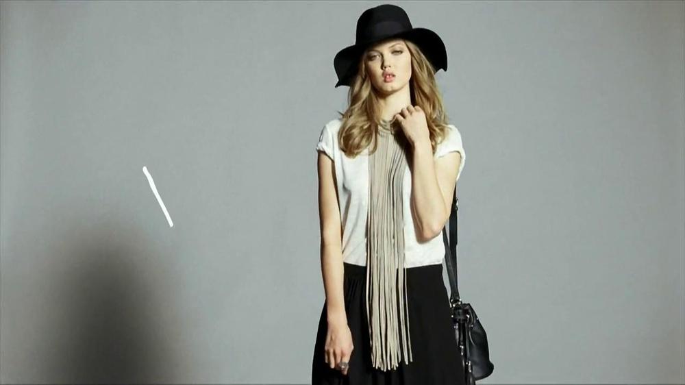 H&M TV Spot, 'The New Icons' Featuring Lindsey Wixson, Joan Smalls, Liu Wen - Screenshot 2