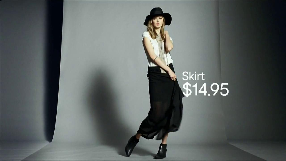 H&M TV Spot, 'The New Icons' Featuring Lindsey Wixson, Joan Smalls, Liu Wen - Screenshot 5