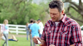 Pizza Hut: Blake Shelton