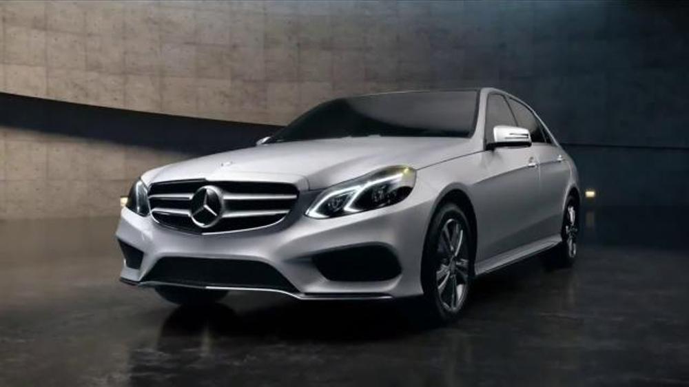 Mercedes benz e250 bluetec tv commercial 39 unveiling for Mercedes benz e250 bluetec