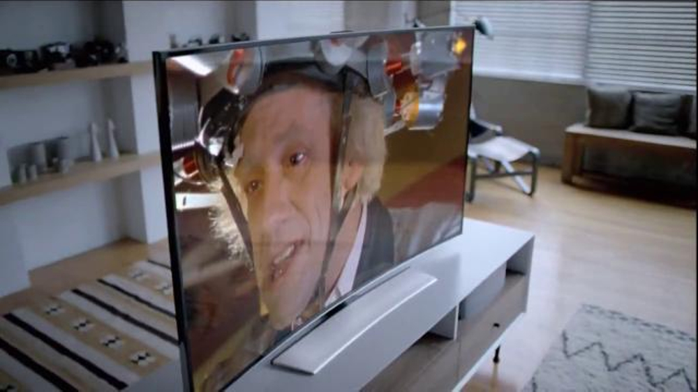 National Tv Sales Rental: Samsung Curved UHD TV TV Spot, 'You Need To See This
