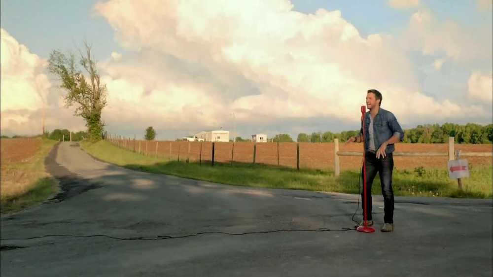 Target TV Spot, 'Luke Bryan' - Screenshot 10