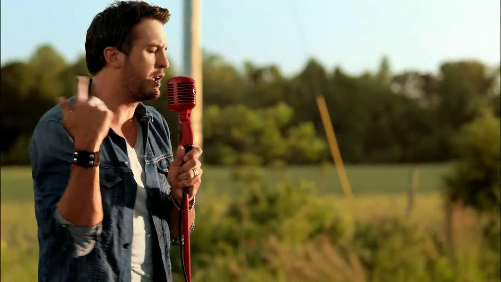 Target TV Spot, 'Luke Bryan' - Screenshot 8