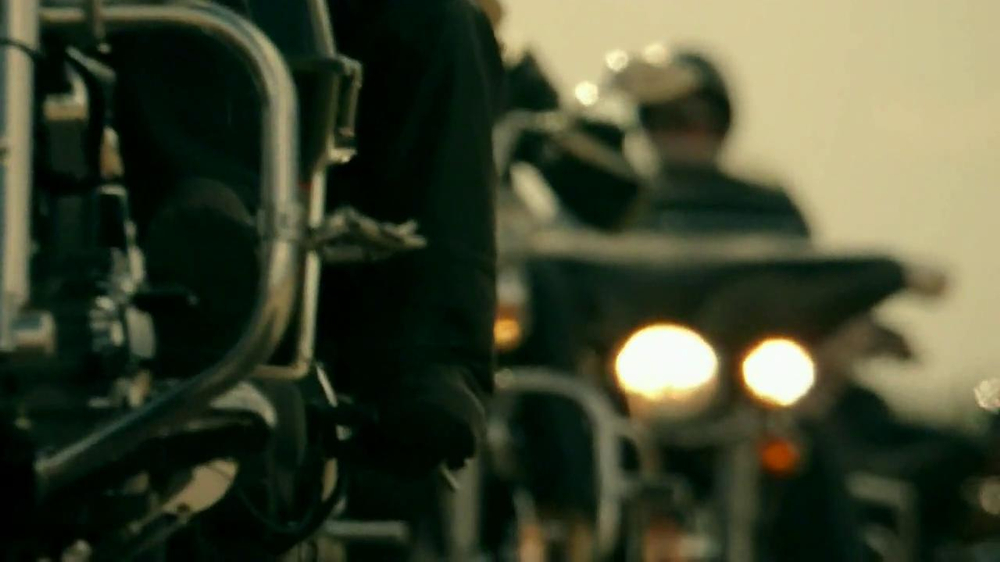 2014 Indian Chief Motorcycle TV Spot, 'Stop' - Screenshot 6