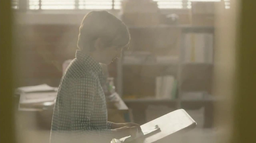 Google Nexus 7 TV Spot, 'Speech' - Screenshot 8