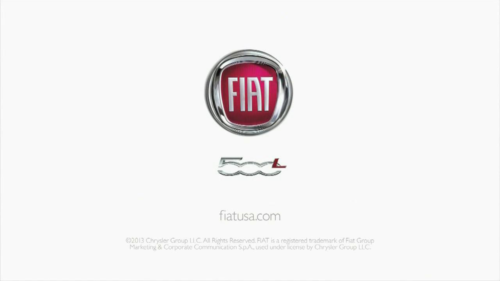 FIAT 500L TV Spot, 'Authentic Italian Family' - Screenshot 9
