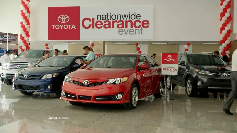 Toyota Clearance Event TV Spot, 'Chameleon' - Screenshot 3