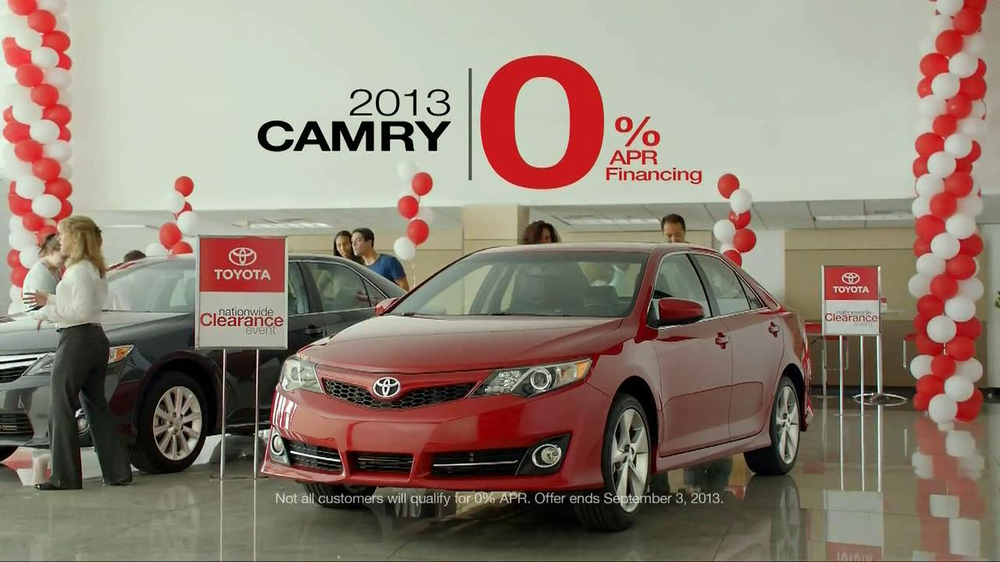 Toyota Clearance Event TV Spot, 'Chameleon' - Screenshot 8