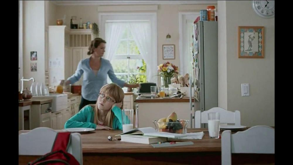 Pillsbury Toaster Strudel TV Spot, 'Door Kick with Hans Strudel' - Screenshot 2