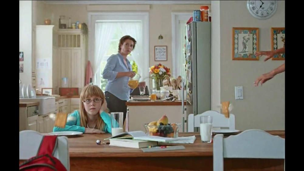 Pillsbury Toaster Strudel TV Spot, 'Door Kick with Hans Strudel' - Screenshot 5