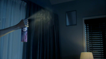 Febreze Sleep Serenity TV Spot, 'Lights Out' - Thumbnail 5
