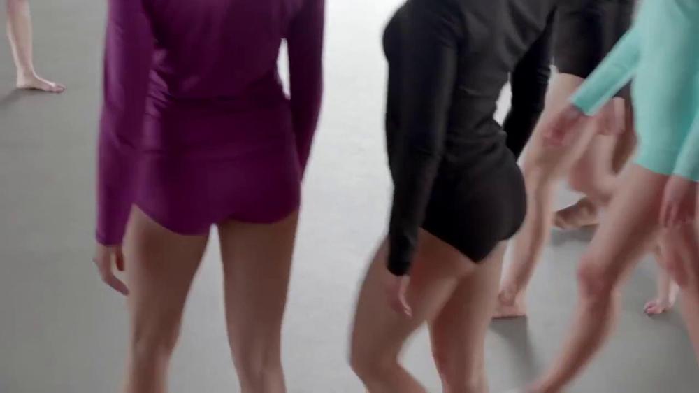 Hanes TV Spot, 'Color Wheel' Song by Izabo - Screenshot 2