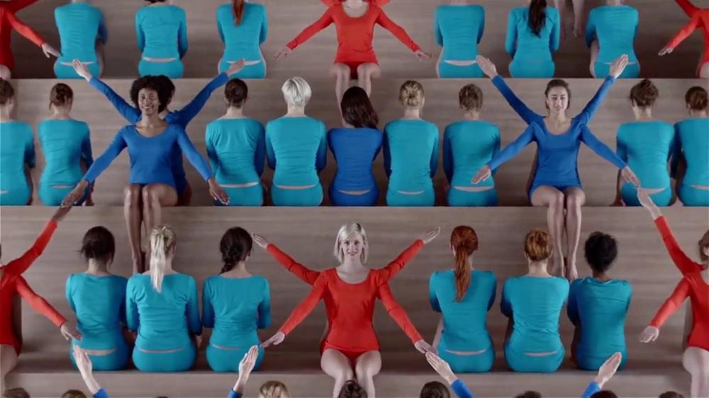 Hanes TV Spot, 'Color Wheel' Song by Izabo - Screenshot 7