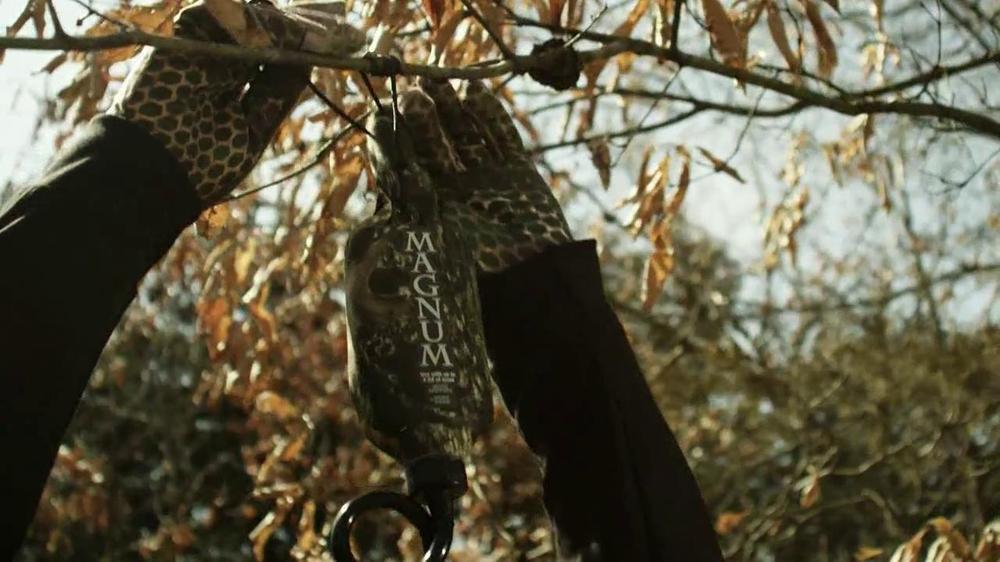 Wildlife Research Center Golden Scrape TV Spot - Screenshot 4