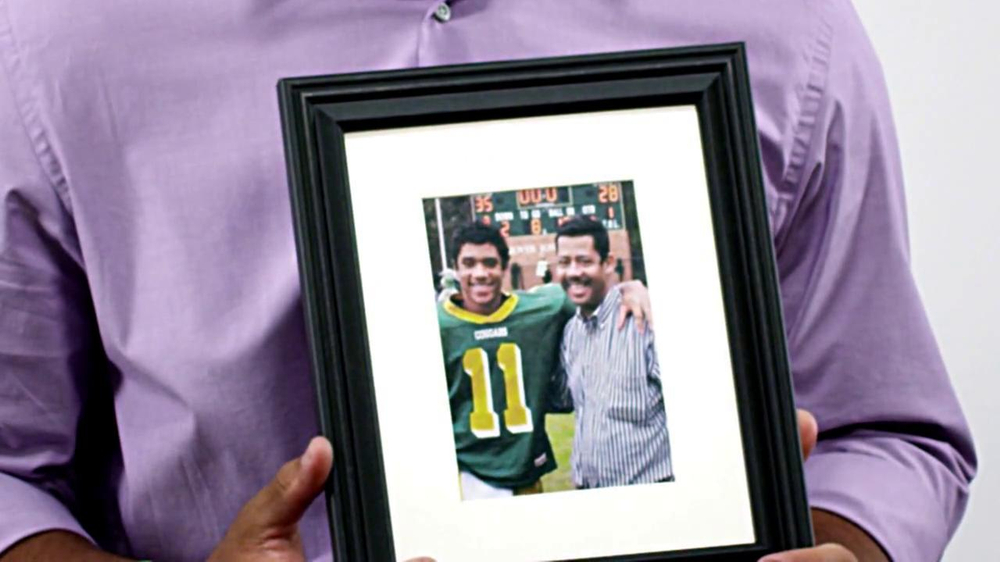 American Family Insurance TV Spot Featuring Russell Wilson - Screenshot 4