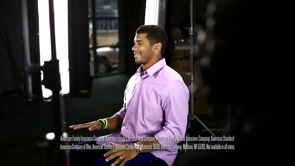 American Family Insurance TV Spot Featuring Russell Wilson - Screenshot 6