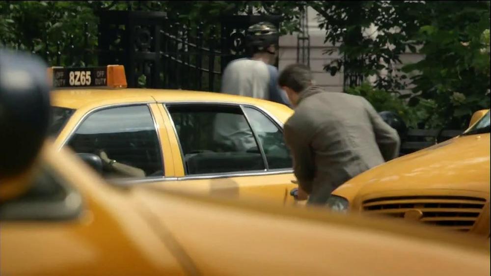 Motorola Droid Ultra TV Spot, 'Episode 1: Rough Ride' - Screenshot 6