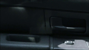 Motorola Droid Ultra TV Spot, 'Episode 1: Rough Ride' - Thumbnail 3