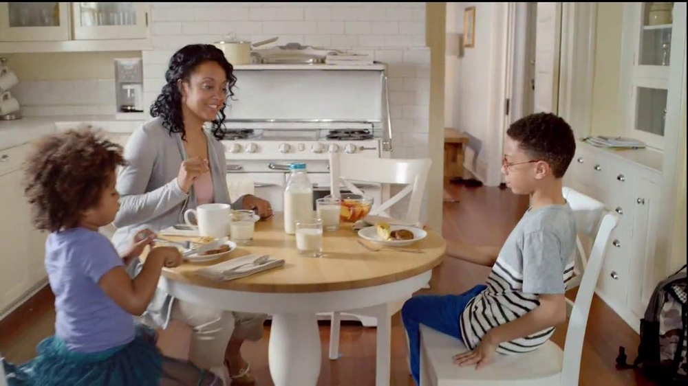 Kellogg's Eggo Waffles TV Spot, 'Picky Eater' - Screenshot 3