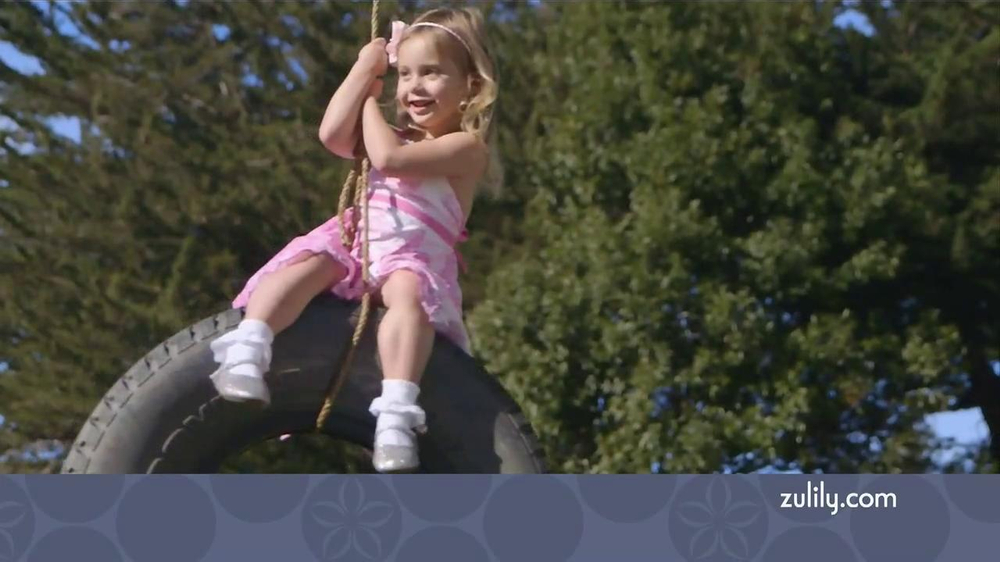 Zulily TV Spot, 'Savvy Moms' - Screenshot 5
