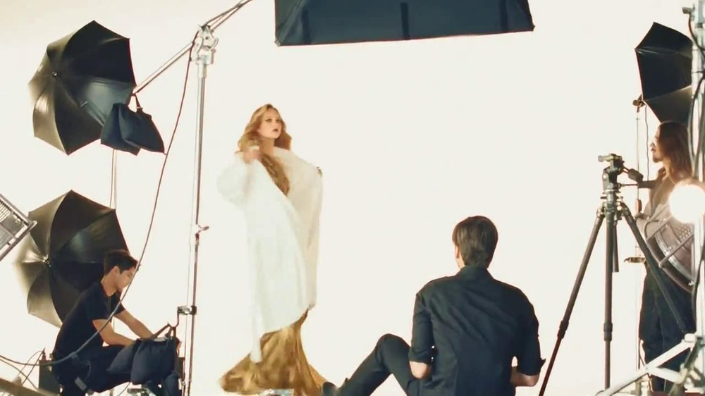 Michael Kors TV Spot, Song by Duran Duran - Screenshot 4