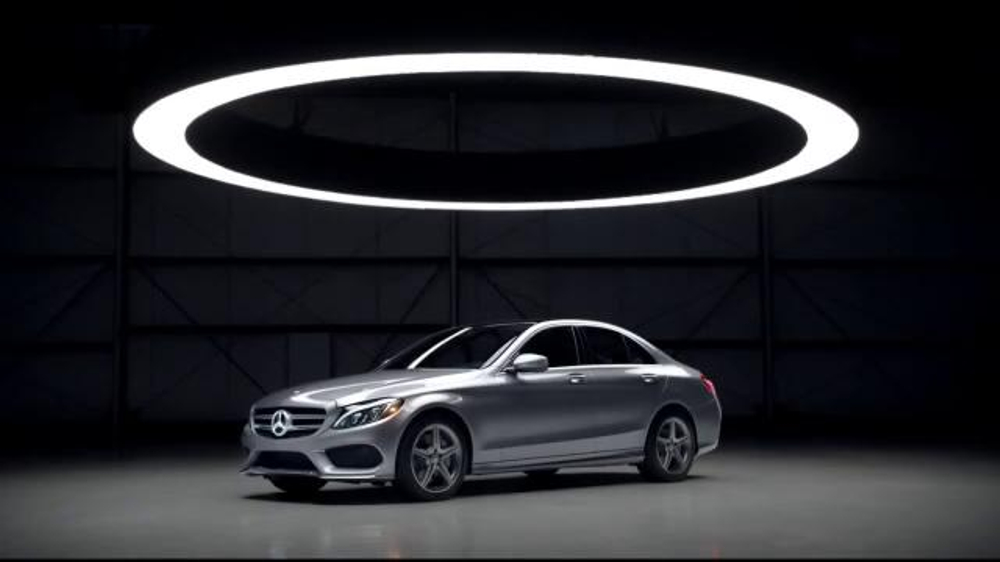2015 mercedes benz c class tv commercial 39 the choice for Mercedes benz tv