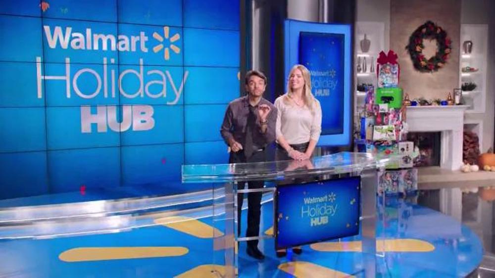 Walmart TV Spot, 'Encuentra Los Regalos' Con Eugenio Derbez [Spanish] thumbnail