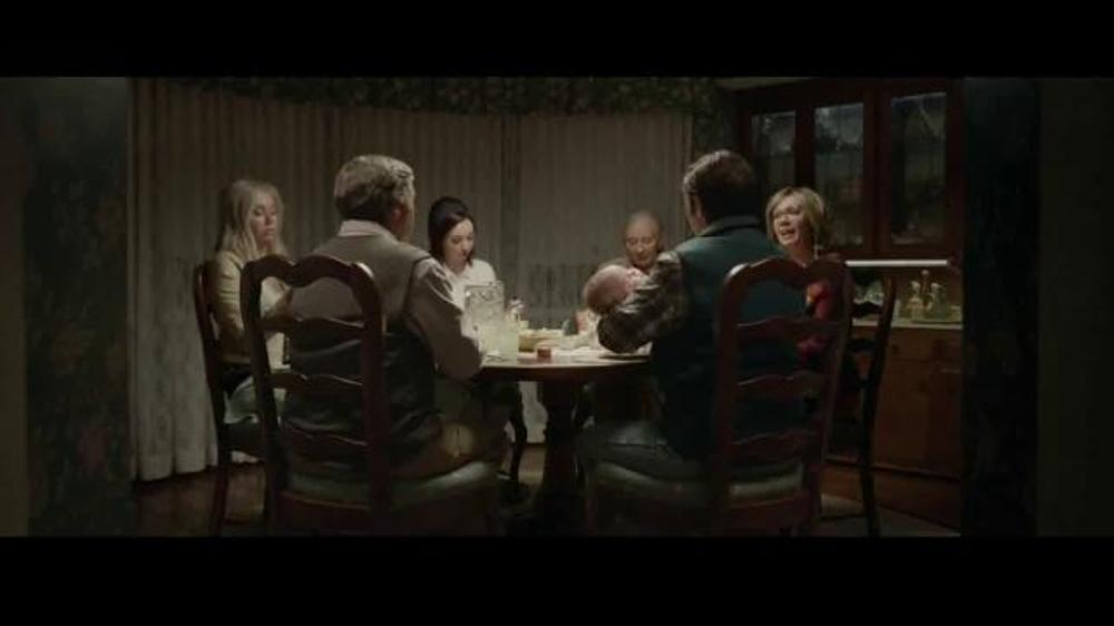 Progressive TV Spot, 'Flo's Family'