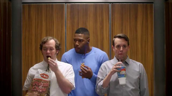 Metamucil Health Bar TV Spot, 'Elevator' Featuring Michael Strahan