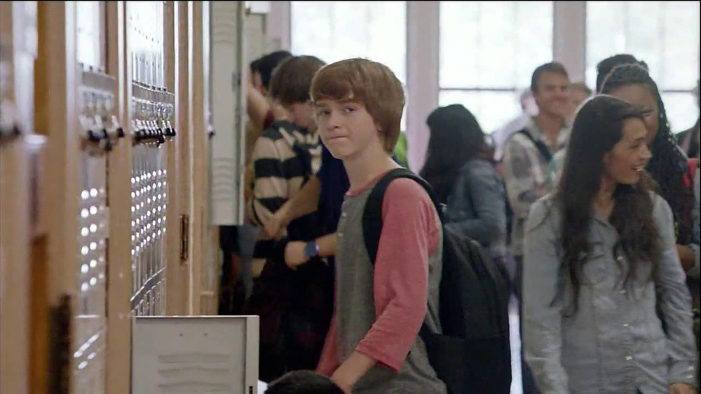 Verizon TV Spot, 'Little Brother's First Day' - Screenshot 10