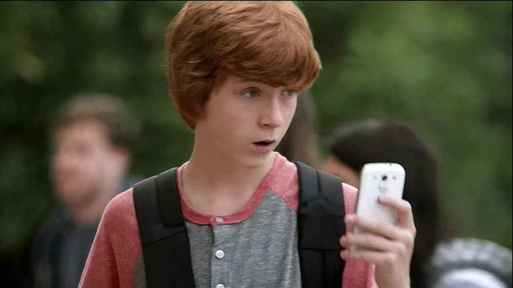 Verizon TV Spot, 'Little Brother's First Day' - Screenshot 4