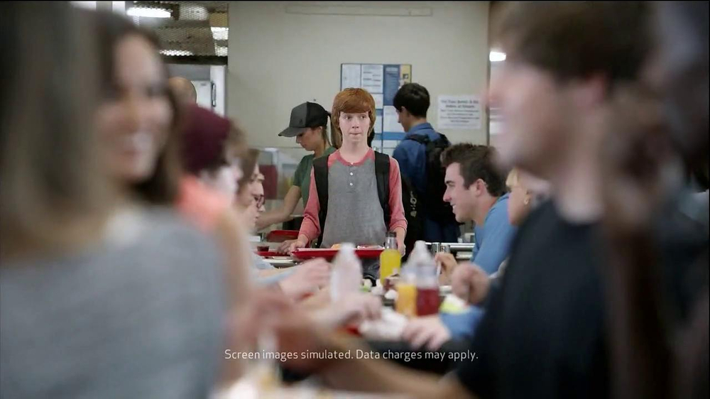 Verizon TV Spot, 'Little Brother's First Day' - Screenshot 6