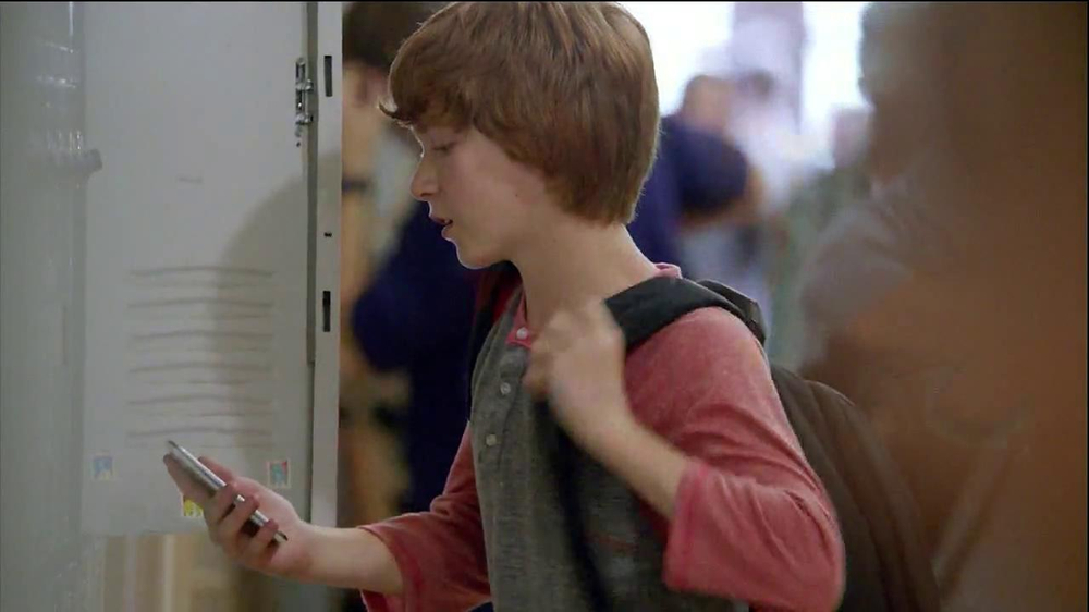 Verizon TV Spot, 'Little Brother's First Day' - Screenshot 8