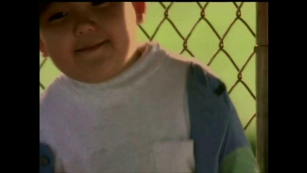 La Fundación para una Vida Mejor TV Spot, 'La Amistad' [Spanish] - Screenshot 5