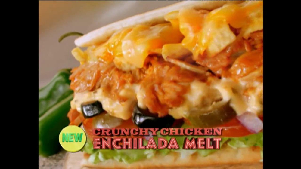 Subway Crunchy Chicken Enchilada Melt TV Spot, 'Muy Bueno' - Screenshot 3